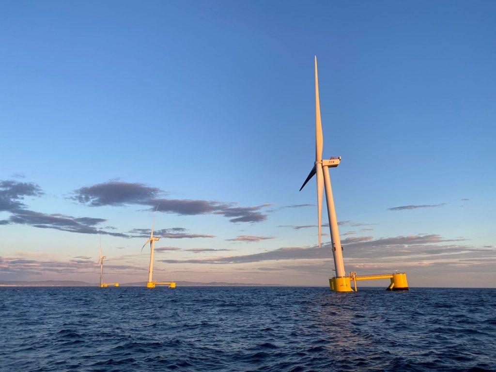 Windfloat Atlantic, le premier parc éolien flottant semi-submersible au monde, au large des côtes portugaises